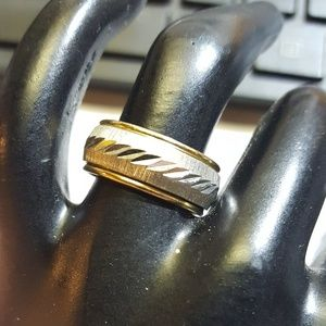 Jewelry - Ring Sterling over 10 kt gold fill sz 7ish